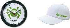 Часы настенные или бейсболка