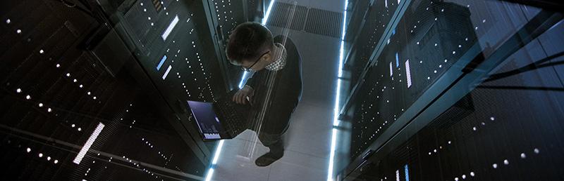 Вебинар: «Построение программно-управляемых дата-центров на основе продуктов VMware»