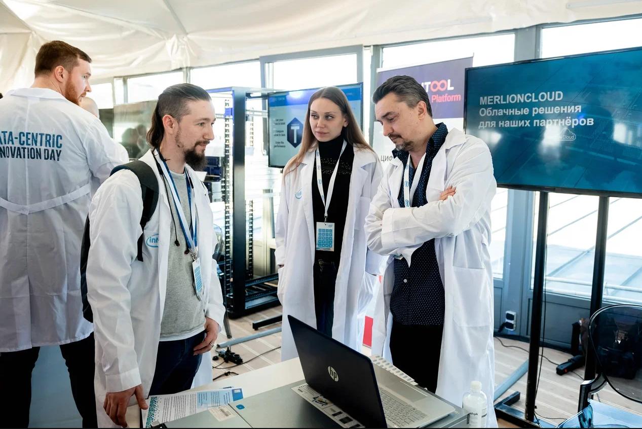 Компания iRU в рамках Intel Data-Centric Innovation Day представила сервер i2212P
