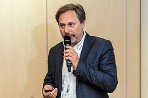 Сергей Монин